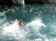 Pauza de baie in Insula Marathonisi