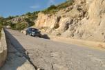 Drumul spre plaja Gialos