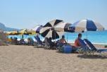 Sezlong-uri plaja Egremni Lefkada