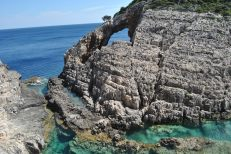 Marea Ionica Korakonissi