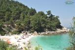 Plaja langa Marble Beach