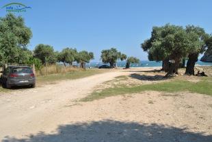 Plaja Livadi Thassos - parcarea neamenajata (gratuita)