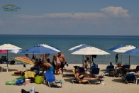 Plaja aglomerata Paradise Beach Thassos