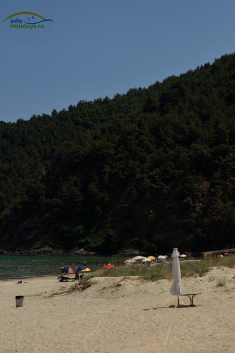 Zona neamenajata Plaja Paradise Thassos