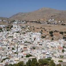 Lindos Insula Rodos - vedere panoramica de la Acropole asupra orasului nou