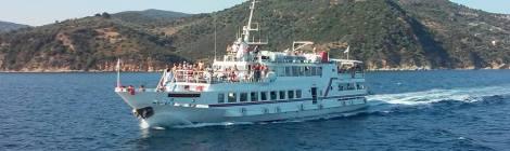 Vasele de croaziera spre Insula Skiathos