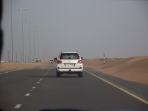 Pe drum, la iesire din oras, in drum spre desert