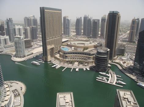 Dubai Marina este locul de batalie al omului cu natura. Locul in care omul pentru prima data a castigat!