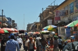 """Makola Market - o piata aglomerata dar """"colorata"""""""