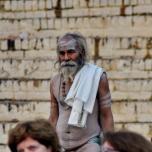India - Varanassi - calugar ascetic