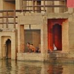 India - Varanassi - Morning Yoga