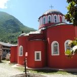 Muntele Athos - Biserica in curtea Manastirii Marea Lavra