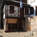 Muntele Athos - Schit construit la grota Sfantului Athanasie Athonitul
